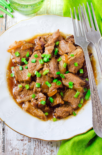 .Beef stewed in beer with onions