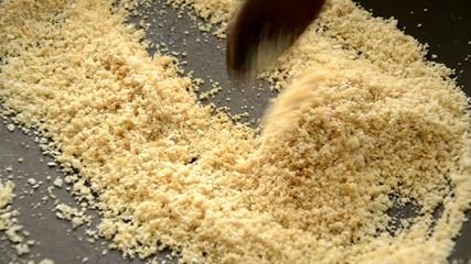 Pangrattato tostato Toasted bread crumbs