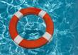 Rettungsring mit Wellen