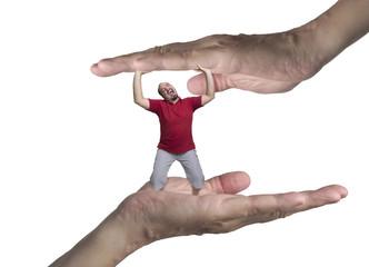 Schiacciato tra due mani