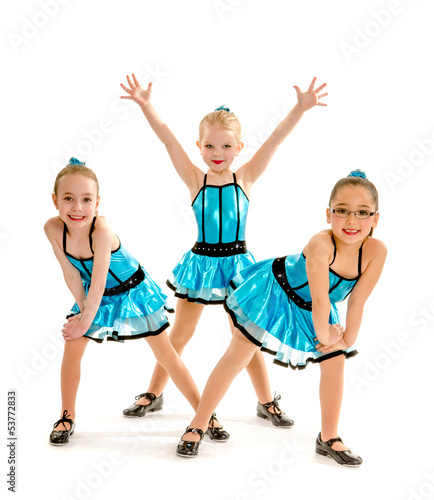 Fotobehang Dance School Novice Girls Tap Dance Trio