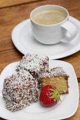 Lamingtons mit Cafe