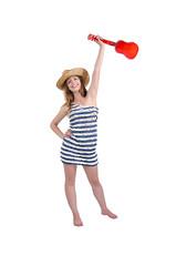 девушка в шляпке и полосатом платьи, отпуск и активный отдых