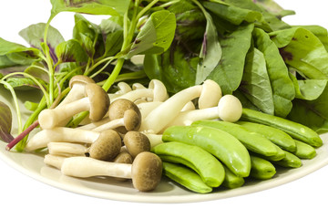 Japanese shimeji mushroom, Spring peas and Chinese spinach