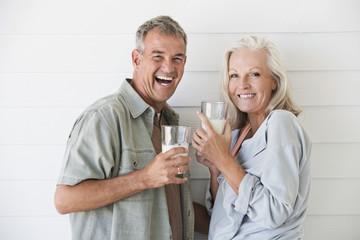Portrait of a couple enjoying drink