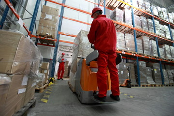 delivery of goods in large storehouse