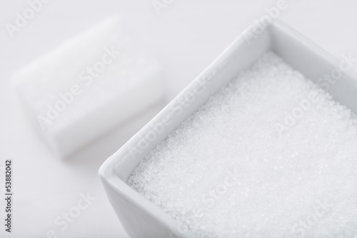 sugar grains and cube