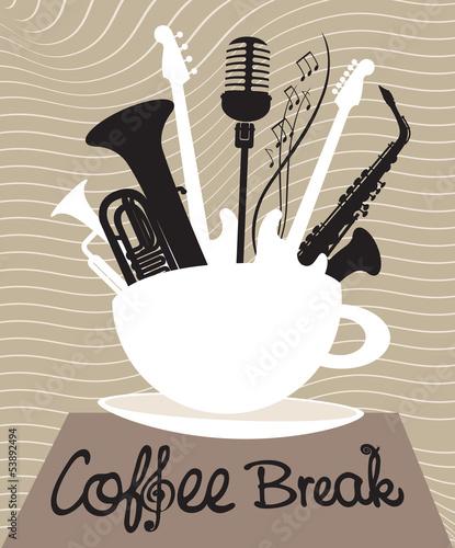 filizanka-kawy-z-roznymi-instrumentami-muzycznymi