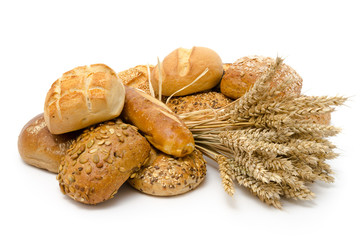 Frühstücksbrötchen und Weizenähren