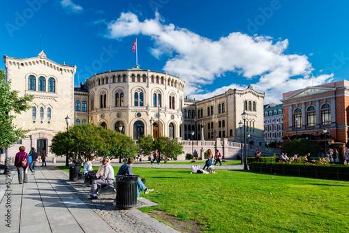 Staande foto Scandinavië Storting of Norway on sunny day
