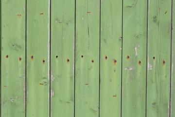 Tavole di legno con viti