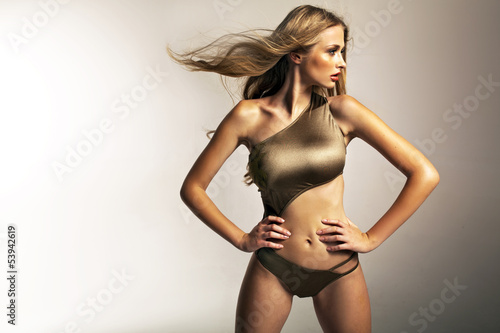 Picture presenting fit blonde girl