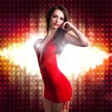 attraktive junge Frau in Clubwear