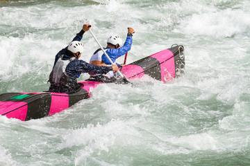 gara di canoa