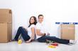 Junges Paar heimwerken nach Umzug