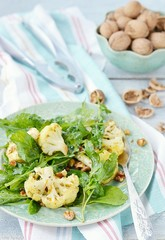 cauliflower and ruccola salad