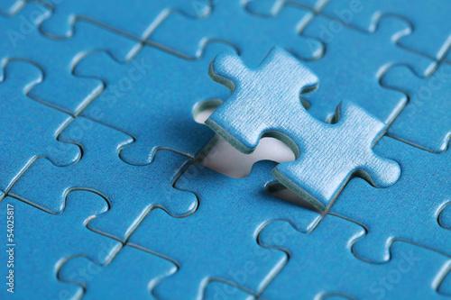 Das letzte fehlende Stück in einem Puzzle - 54025817
