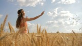 Beauty Pretty Girl Raising Hands Harvest healthy Lifestyle HD