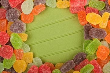 Gummy candy forming a round frame