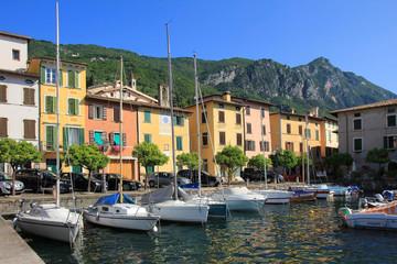 pittoresker Hafen, Gargnano am Gardasee