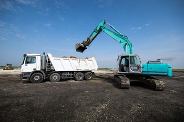 dredger loading truck