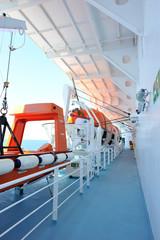 Equipement de sauvetage sur Ferry