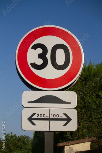 panneau vitesse limitée