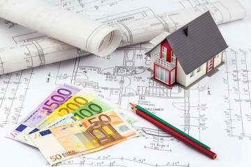 Bauplan und Geldscheine