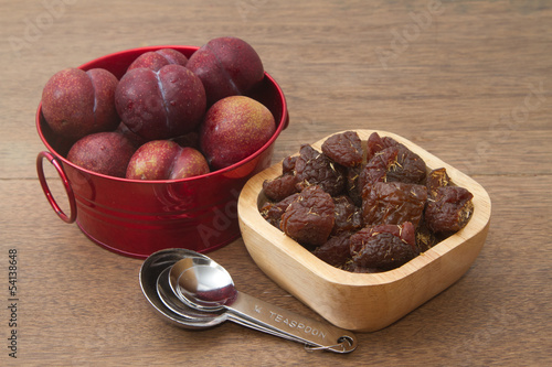Fresh and dried plums