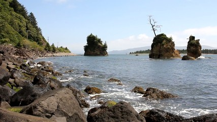 Tillamook Bay in Garibaldi Oregon Rocky Beach at Lowtide
