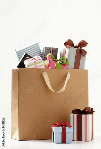 shopping bag with cute Gift box  of white background.