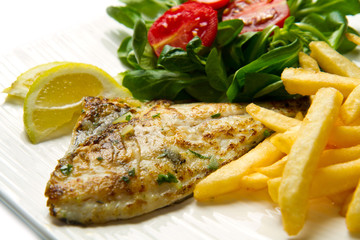 grilled sea bream with potatoes
