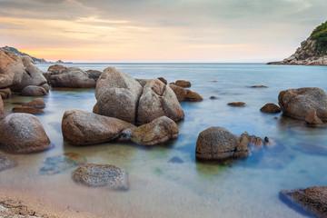 Рассвет на побережье Японского моря