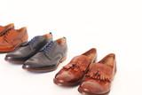 drei Paar Schuhe