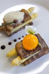 Œuf, bacon, lard, asperges, créatif, mousse, original