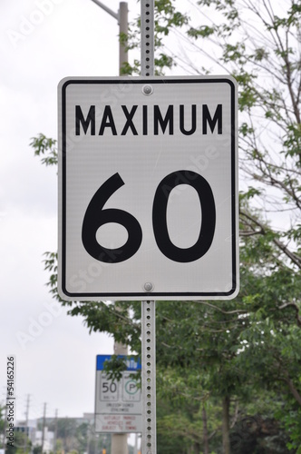 Maximum 60km/hr signage