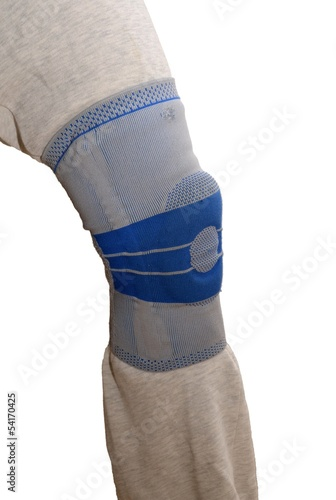 Stabilizing silicone sports knee brace