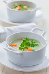 Green vegetable soup with bulgur
