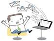 大量のメールに喜ぶビジネスマン