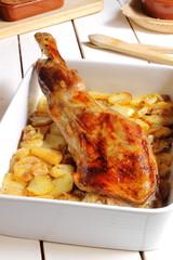 Paletilla de cordero con patatas al horno