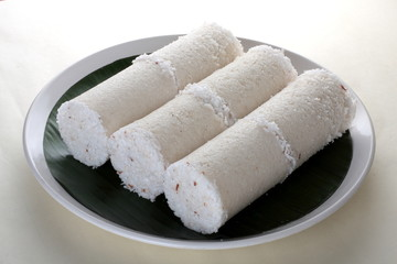 White rice puttu.