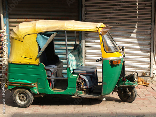Fotobehang Delhi rickshaw taxi