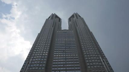 東京都庁 雲(インターバル撮影)