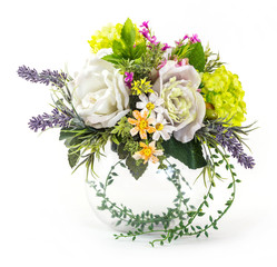 Bouquet of rose and hydrangea in glass vase