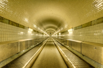 alter Elbtunnel in Hamburg