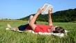 Buch Wiese Person Lesen
