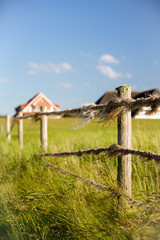 Zaun am Strand von Duhnen bei Cuxhaven, Deutschland