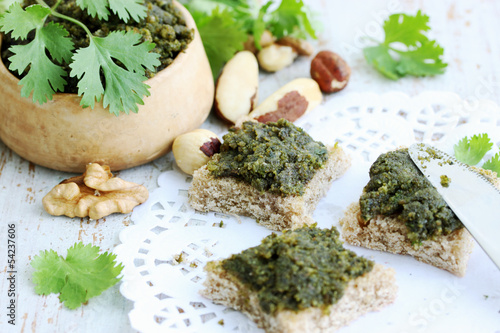 Canapes of greens