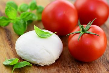 Mozzarella,Tomaten,Basilikum