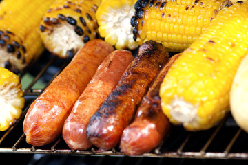 Grilled Corn And Sausages